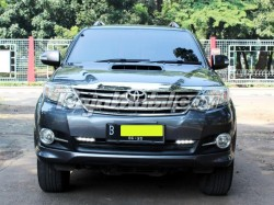 Fortuner Vn Turbo 2.5 G A/t Trd 2014